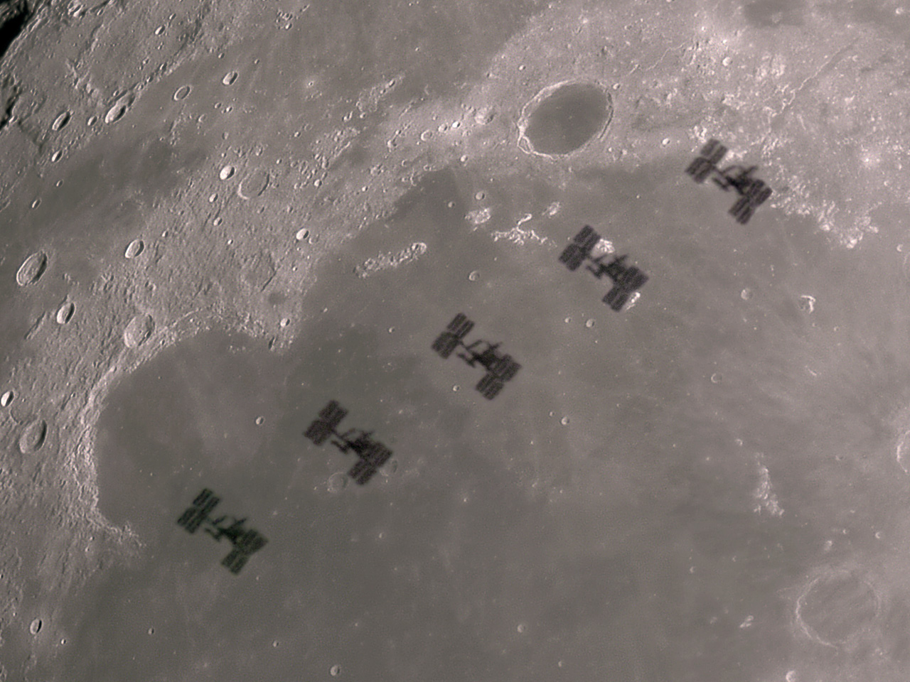 Amazing Shot of the ISS Transitting the Moon